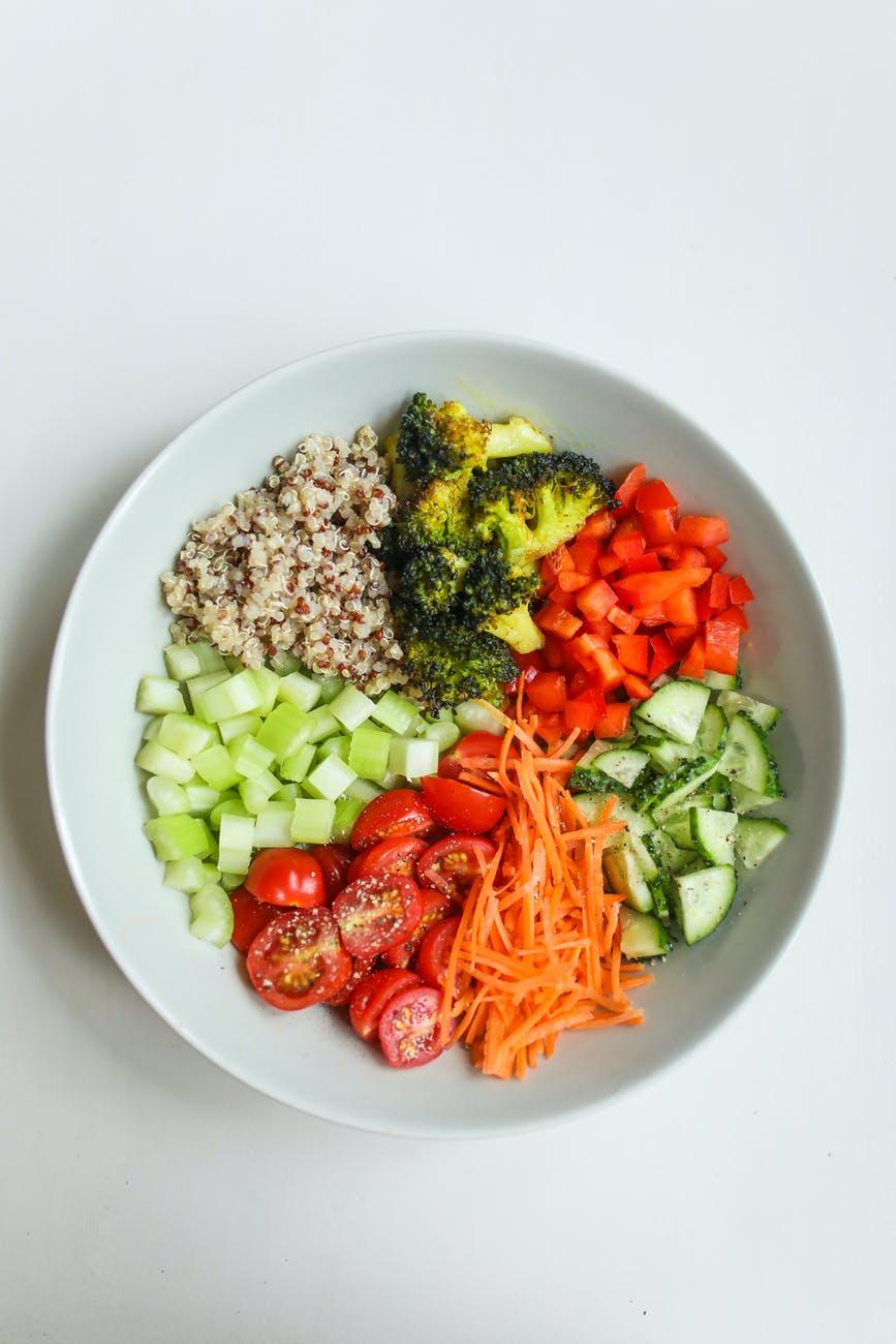 Plná mísa zeleniny