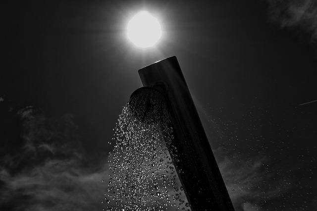 slunce nad sprchou