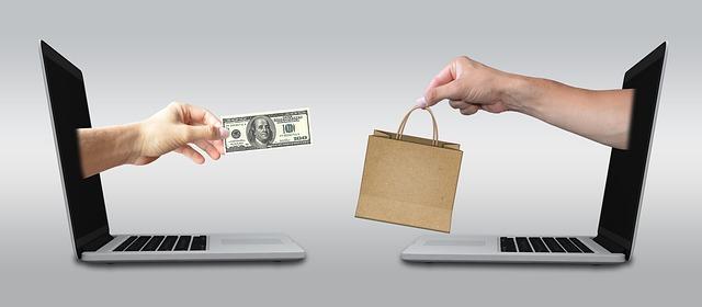 nákupy před počítač